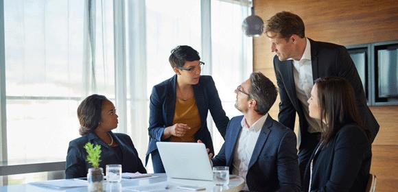 Découvrez comment développer vos pratiques managériales grâce au digital learning. Petit-déjeuner avec EGIS